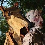 Thordis Adalsteinsdottir's sculpture entitled, Bear Eats Man(2013)